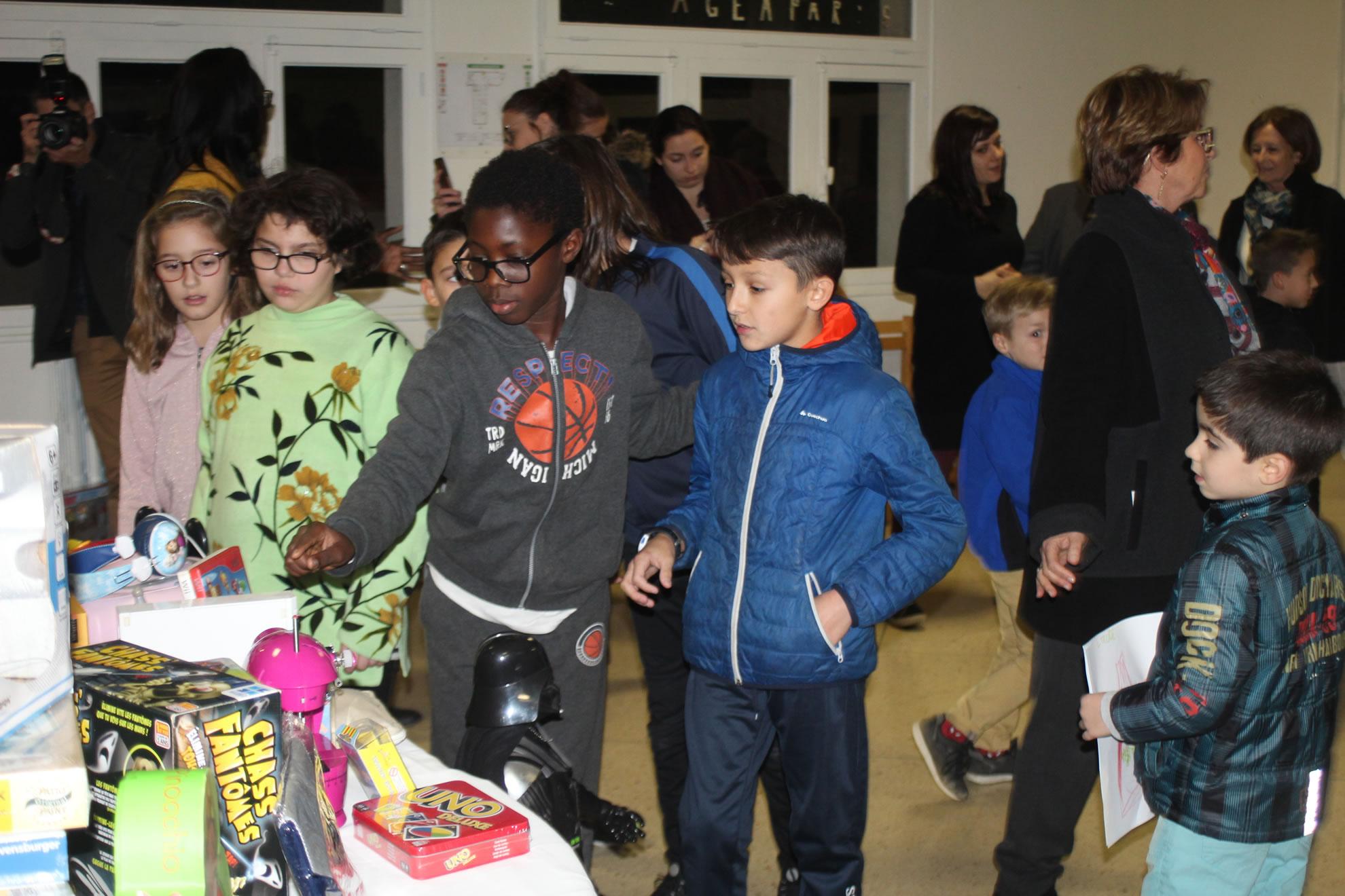 Noel-Institut-Barthelon-Toulon-avec-le-RCT (4)