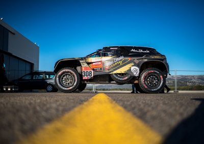 Les véhicules du Dakar au Circuit Paul Ricard