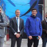 TOULON – «THEMA PASSION BLEUE»: MICHAEL BEERENS PARTAGE UNE FRESQUE MURALE SUR LE PORT